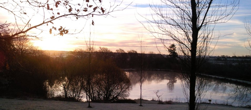 Blagdon Farm Fishing Lake in Winter
